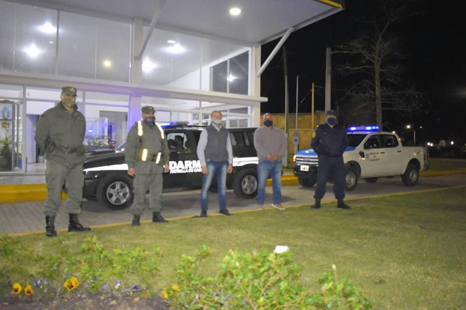 Efectivos de la fuerza de Seguridad de Entre Ríos y Gendarmería Nacional realizan patrullaje urbano en nuestra localidad.